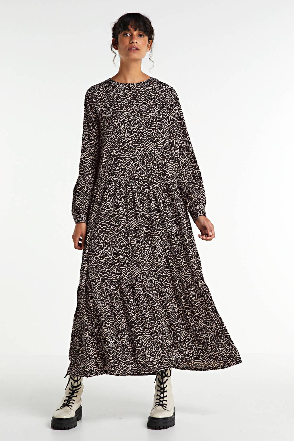 NOISY MAY maxi jurk Rita met all over print bruin/zwart, Bruin/zwart
