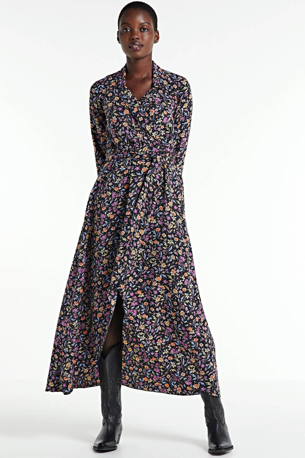 Colourful Rebel gebloemde wikkeljurk Vivian zwart/multi, Zwart/multi