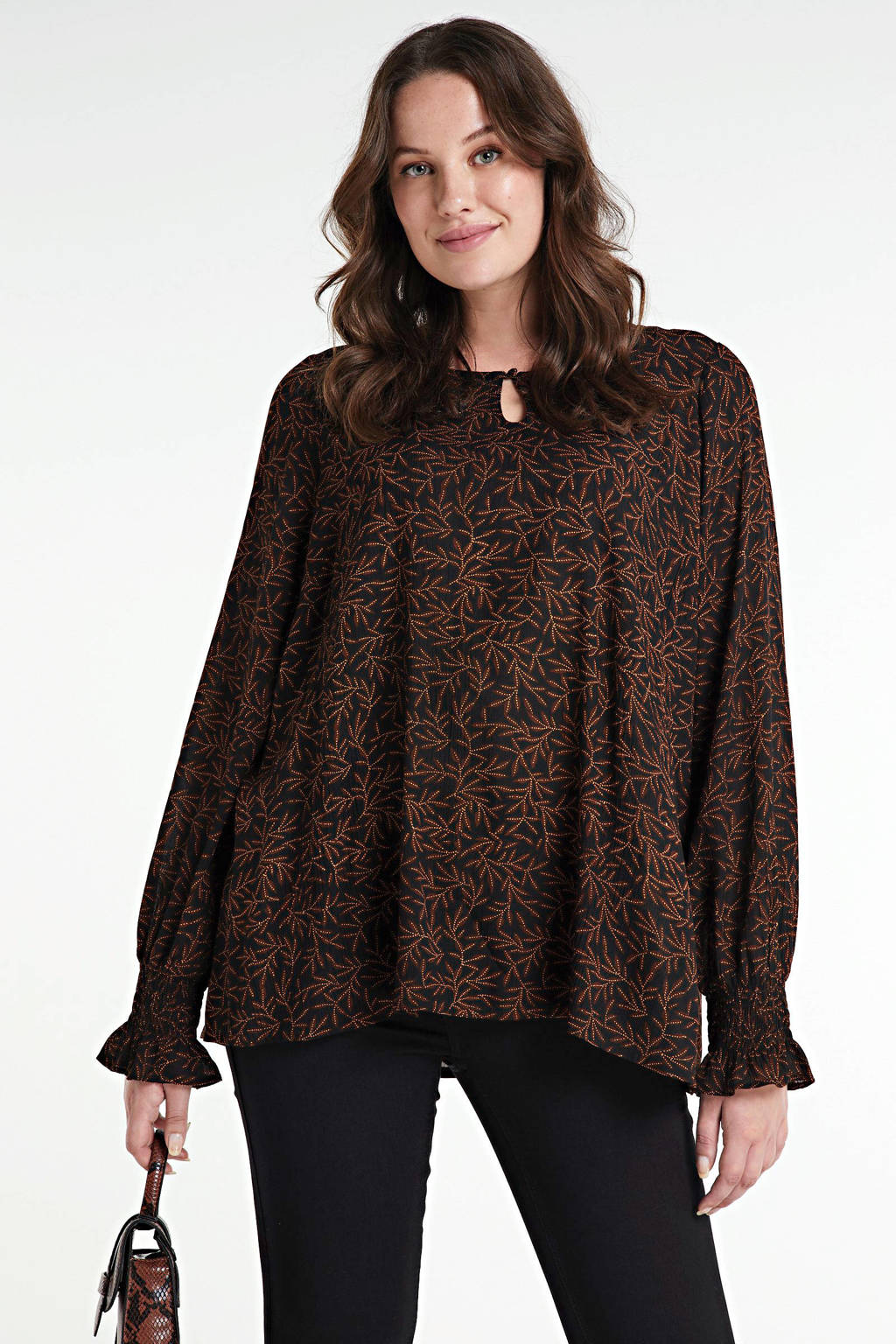 Zhenzi top Iras met all over print en open detail zwart/bruin, Zwart/bruin