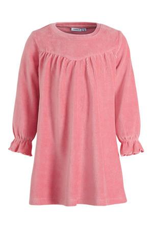 ribgebreide A-lijn jurk Naribba met biologisch katoen roze