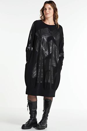 jurk met contrastbies en glansdessin zwart