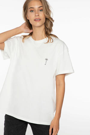 T-shirt seashell
