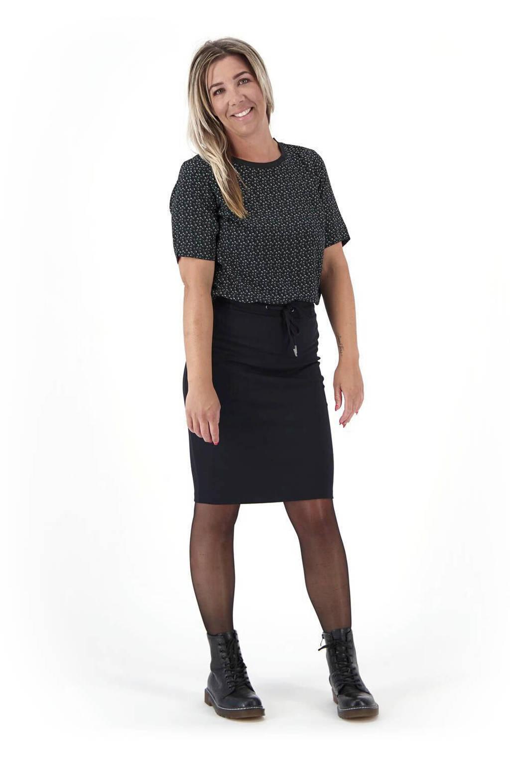HEMA rok zwart, Zwart