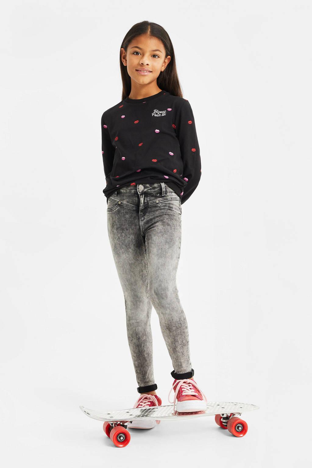 WE Fashion longsleeve met all over print zwart/rood/roze, Zwart/rood/roze