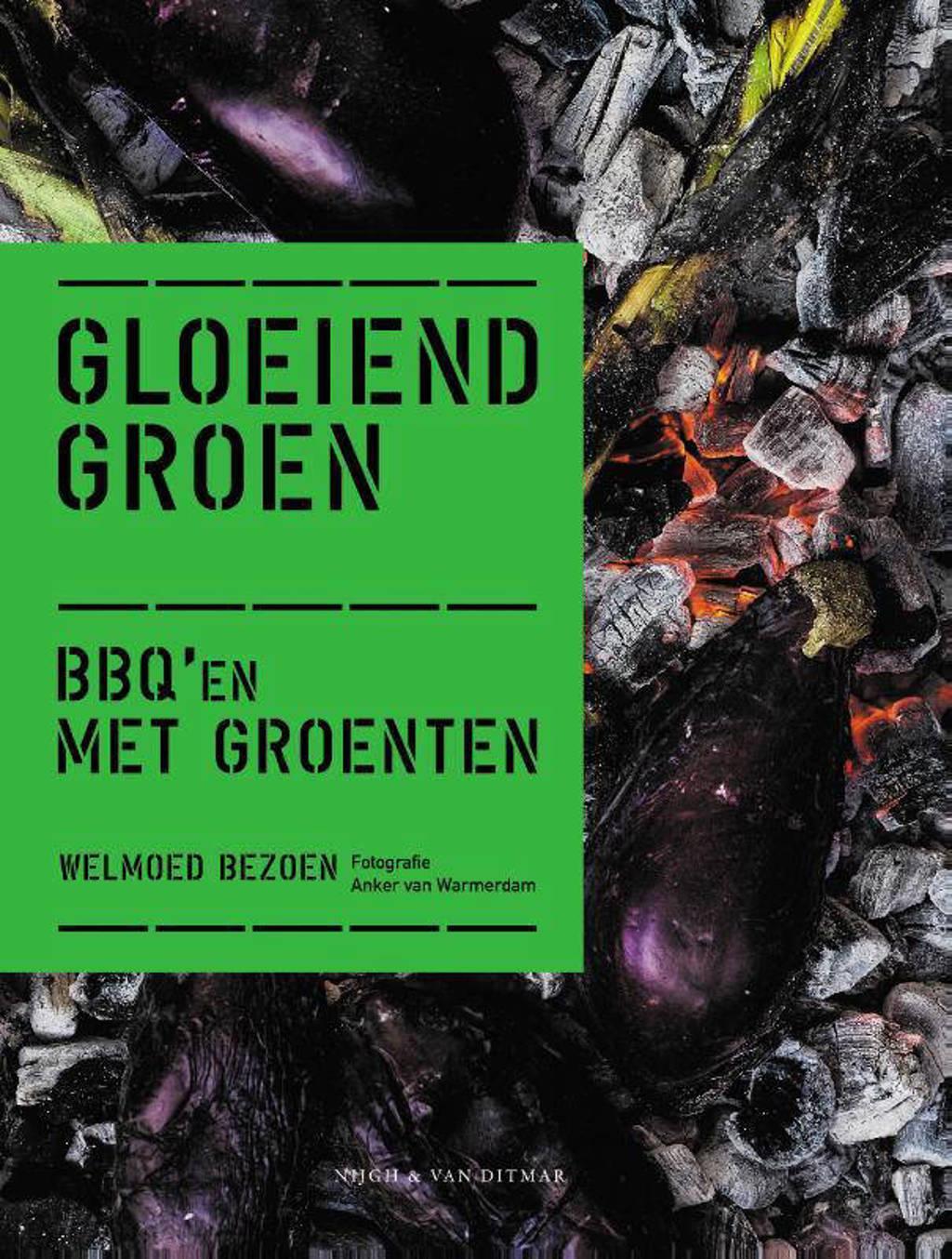 Gloeiend groen - Welmoed Bezoen
