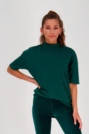 T-shirt donkergroen
