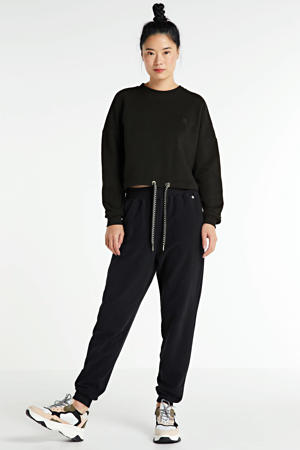 sweater SHAY met borduursels zwart
