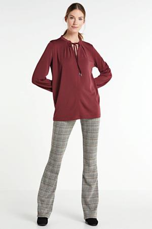 top met strikdetail rood