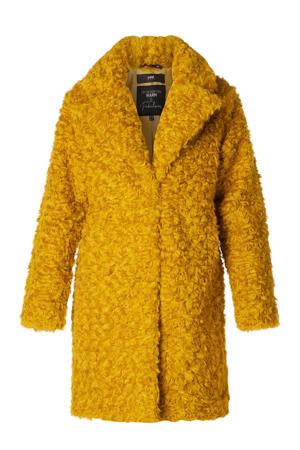 coat okergeel