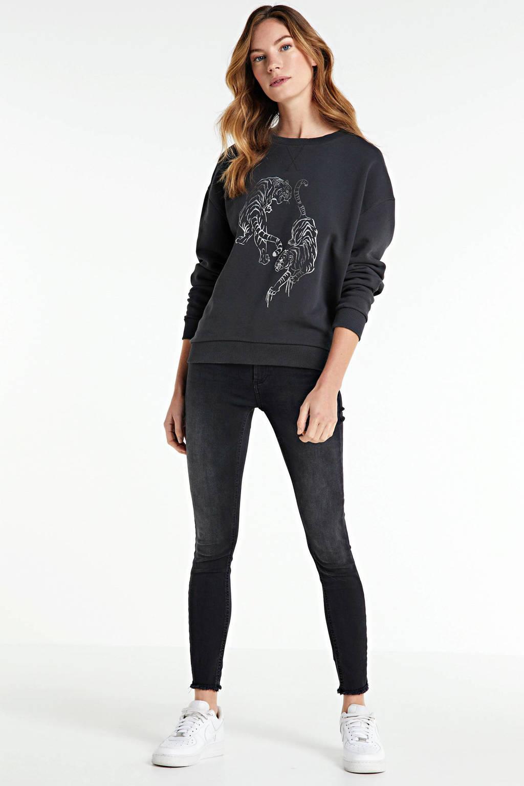 Catwalk Junkie sweater Tigre Foil met printopdruk donkergrijs, Donkergrijs