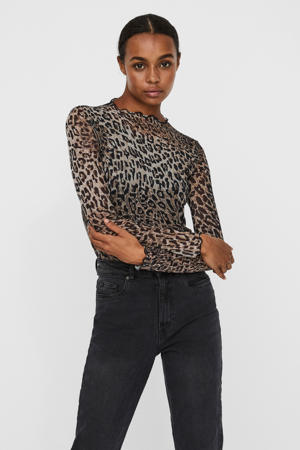 top met all over print bruin