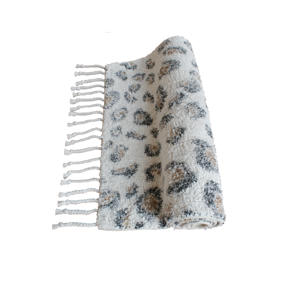 badmat Luipaard met franjes (80x50 cm) Off white