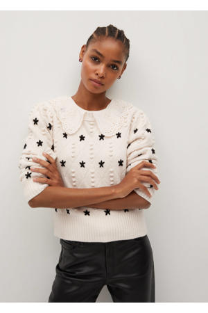 gebreide trui met sterren en borduursels ecru