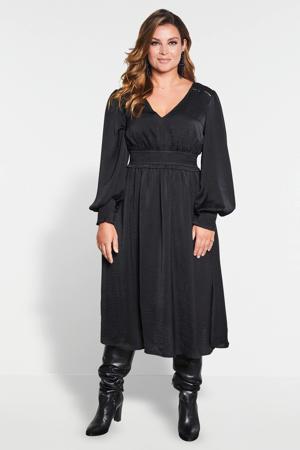 satijnen jurk met smok zwart
