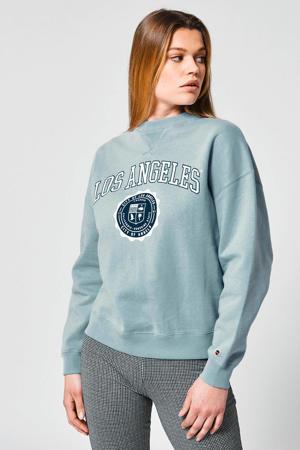 sweater Sue met tekst babyblue