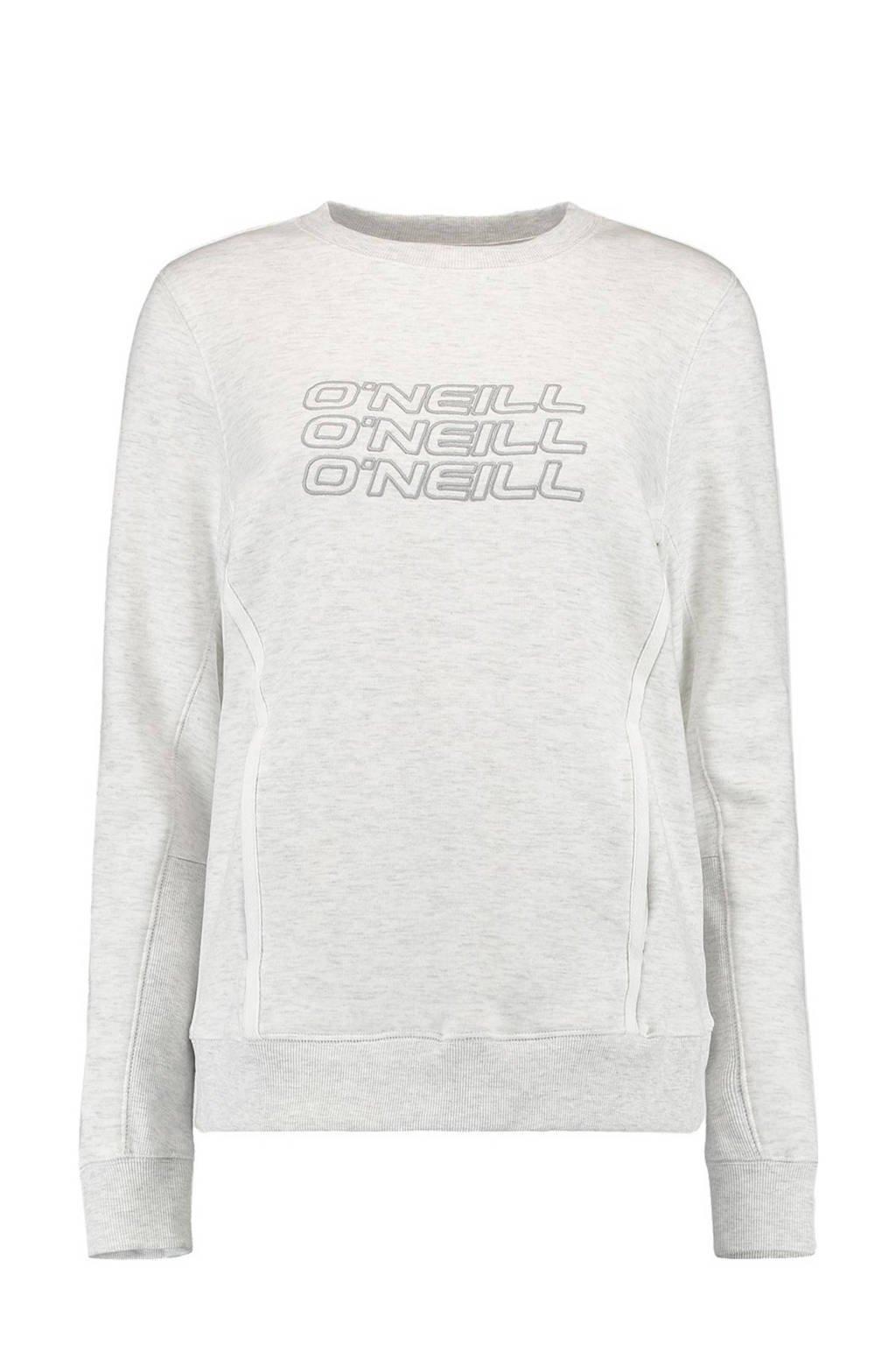O'Neill sweater wit, Wit