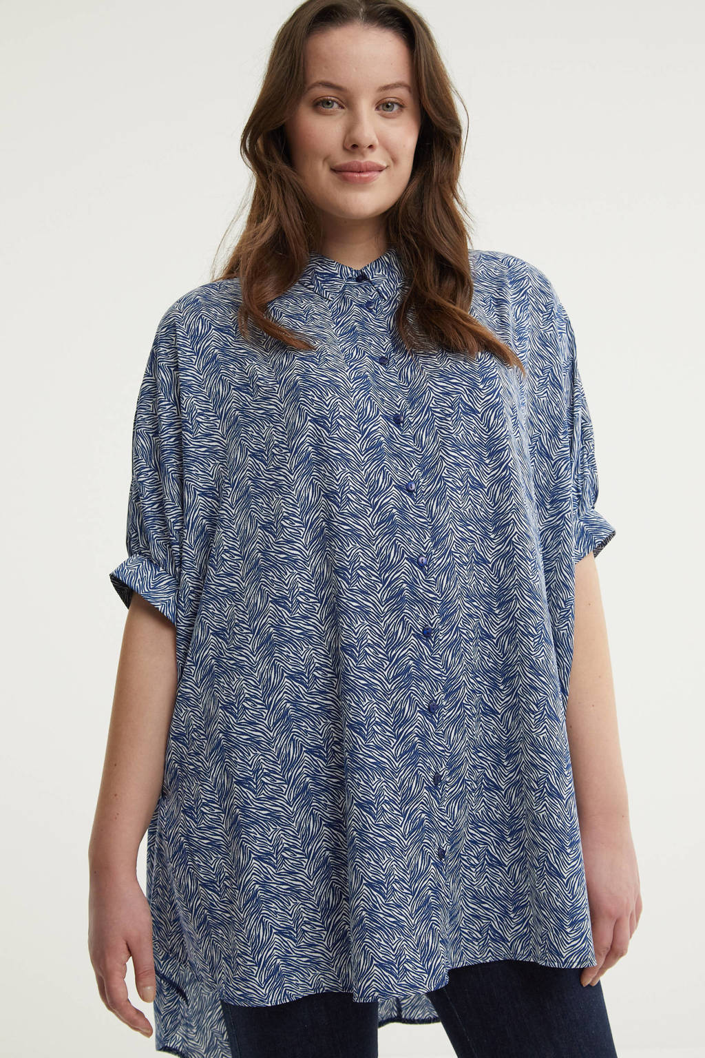 JD Williams semi-transparante blouse met all over print blauw/wit, Blauw/wit