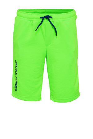 sweatshort Dennis met tekst neon groen/zwart