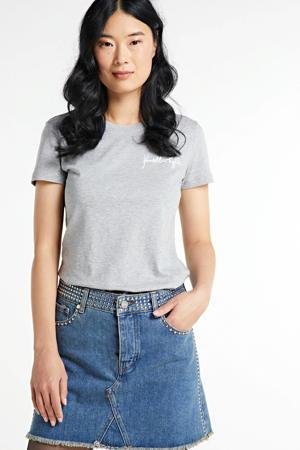 T-shirt met logo en borduursels grijs