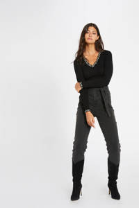Morgan fijngebreide trui met contrastbies zwart, Zwart