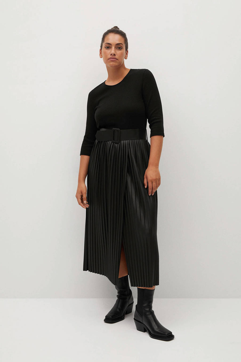 Violeta by Mango fijngebreide jurk zwart, Zwart