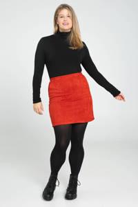 Paprika rok rood, Rood