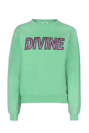 sweater Lime met tekst en sierstenen groen