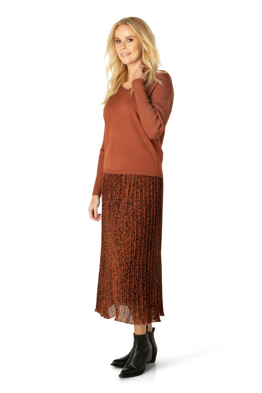 Ivy Beau fijngebreide trui donker oranje, Donker oranje