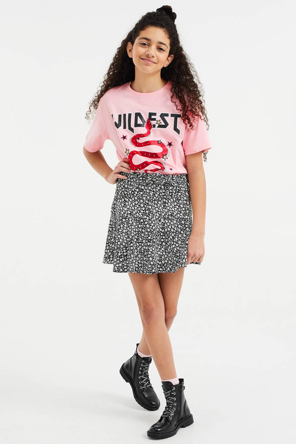 WE Fashion oversized T-shirt met print lichtroze, Lichtroze