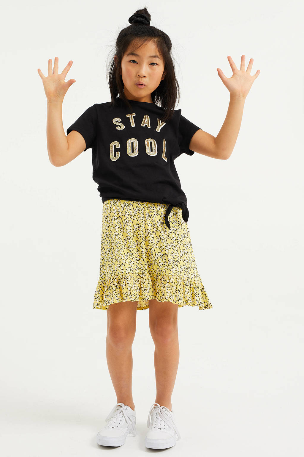 WE Fashion T-shirt met tekst en pailletten zwart, Zwart