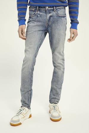 skinny jeans Skim Plus showcase
