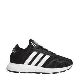 Swift Run  sneakers zwart/wit
