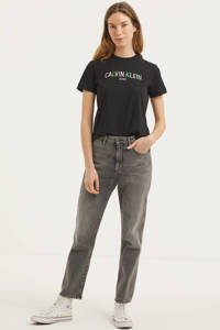 CALVIN KLEIN JEANS T-shirt met logo en borduursels donkerblauw/groen/lichtroze, Donkerblauw/groen/lichtroze