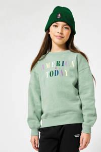 America Today Junior sweater Stella met tekst mintgroen/geel/roze, Mintgroen/geel/roze