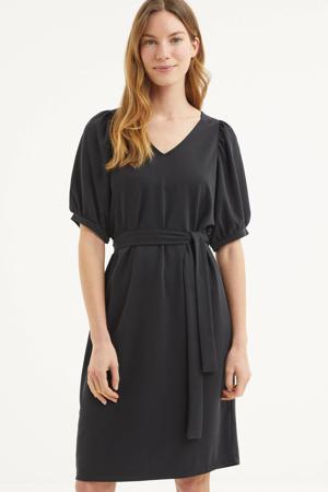jurk Hamida met ceintuur zwart