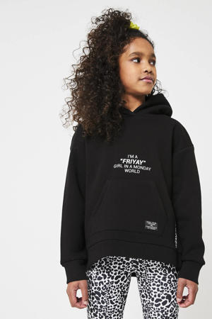 hoodie Suri met tekst zwart