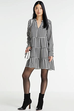 jurk Leilani met pied-de-poule en volant zwart/wit