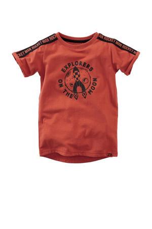 T-shirt Dymas met contrastbies brique/zwart