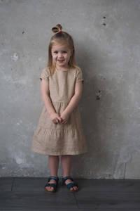 LEVV Little jurk Nasira met all over print en volant zand/grijs, Zand/grijs