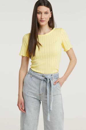fijngebreid T-shirt Issy met ruches lichtgeel