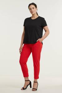 Plus Basics slim fit broek van travelstof rood, Rood
