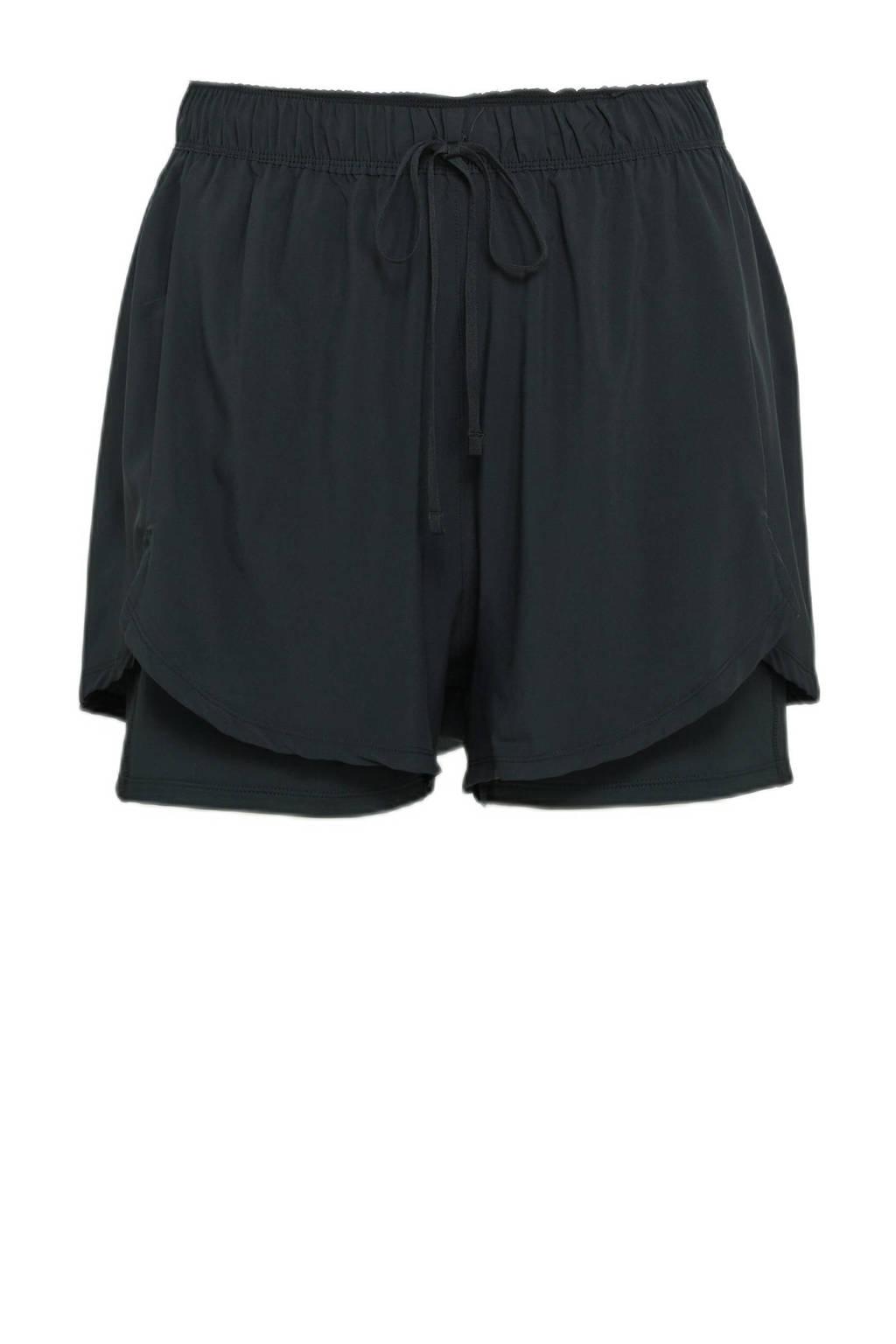 Nike Plus Size 2-in-1 sportshort zwart, Zwart