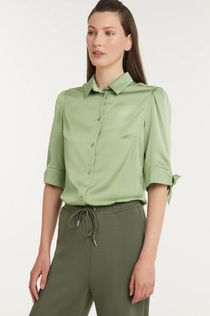 satijnen blouse Alison lichtgroen