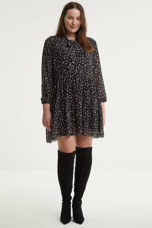 gebloemde semi-transparante jurk Balea zwart/wit/lichtroze