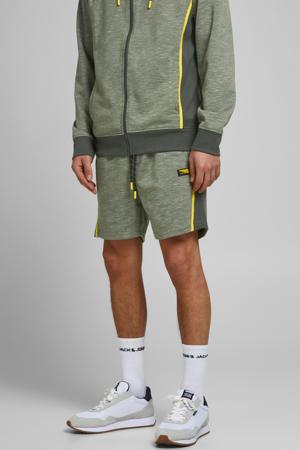 gemêleerde regular fit sweatshort Kobe met zijstreep oil green