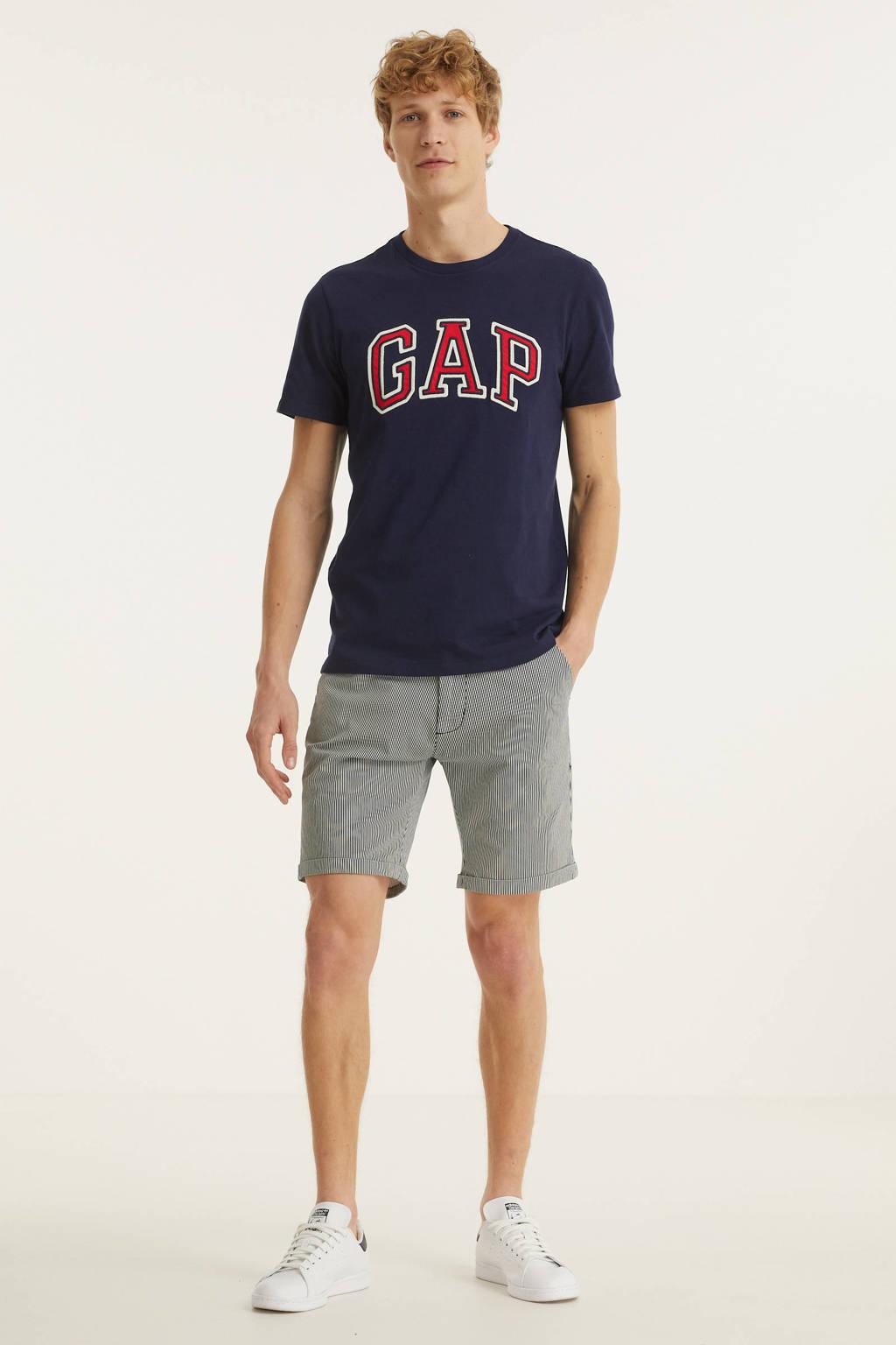 GAP T-shirt Bas Arch met logo donkerblauw, Donkerblauw