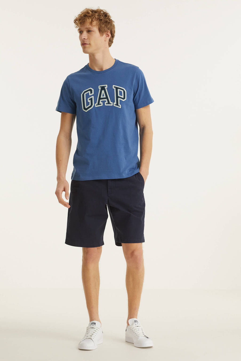 GAP T-shirt Bas Arch met logo blauw, Blauw
