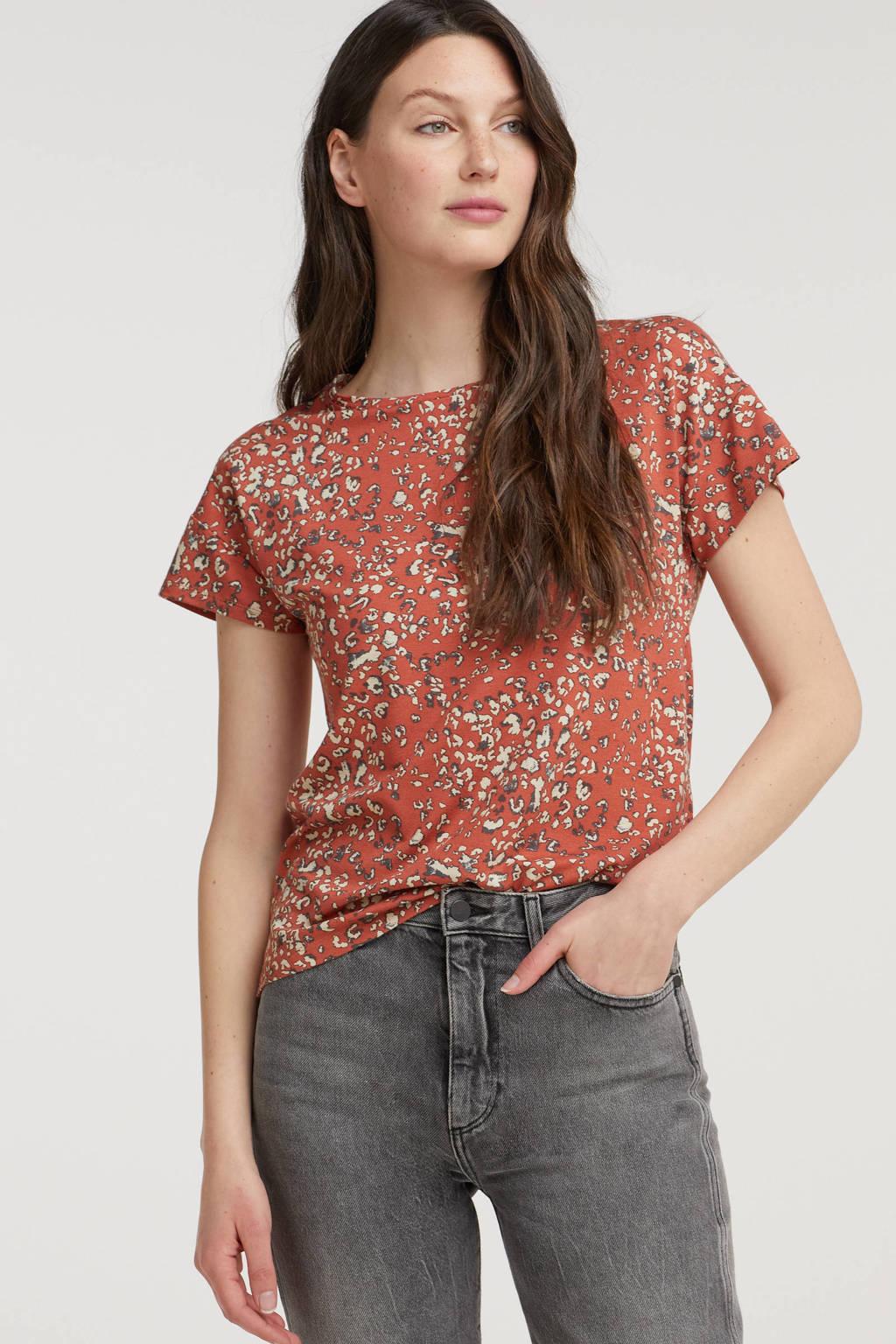 B.Young T-shirt BYUMALLI LEO met all over print roodbruin, Roodbruin