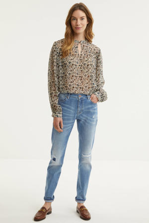semi-transparante blouse met all over print en open detail bruin