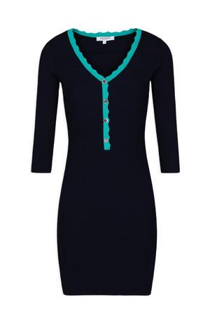fijngebreide jurk met contrastbies en textuur marine